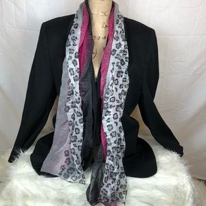 Accessories - NWT scarf style Y2343
